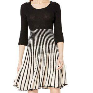 Women's vertical stripe Long Sleeve Dress